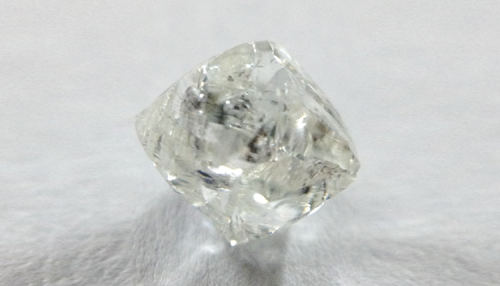 Diamond octahedron crystal